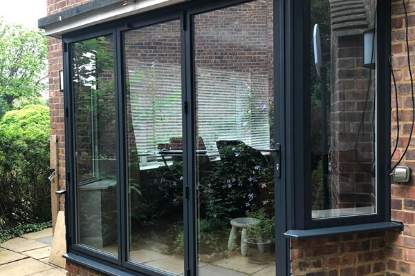 Kingston, Greater London - Aluminium bi-fold doors, Fixed windows, Bay